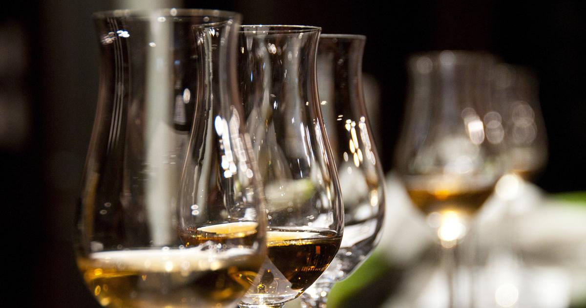 Alla Douja di Asti degustazione guidata di quattro grappe piemontesi.