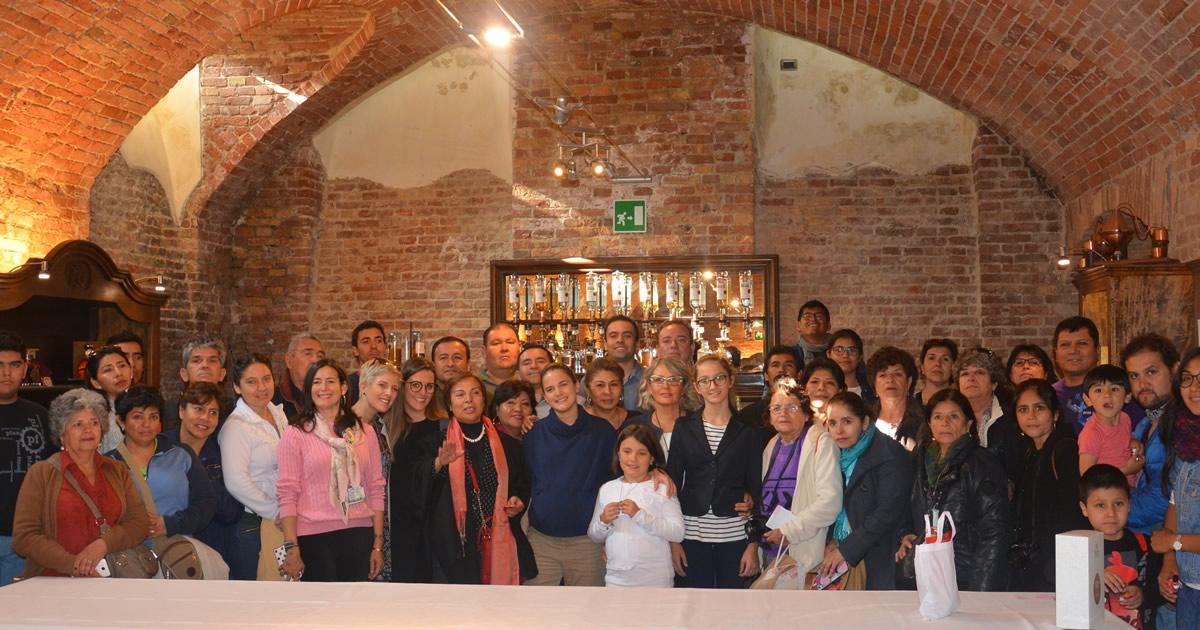 Scambio culturale tra distillatori peruviani e piemontesi.